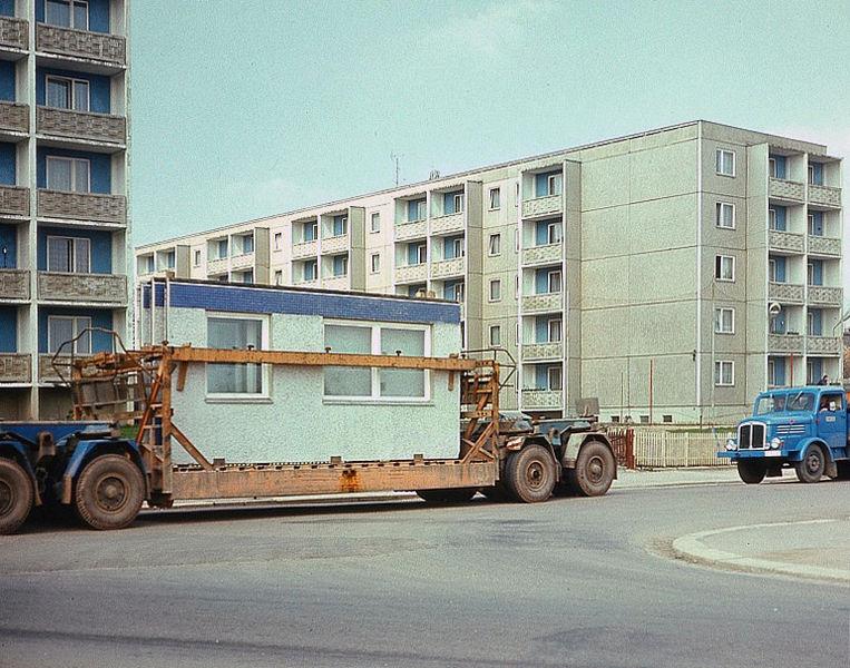 Budowa osiedla z wielkiej pàyty,´r¢dào.Deutsche Fotothek,(CC BY-SA 3.0 DE)