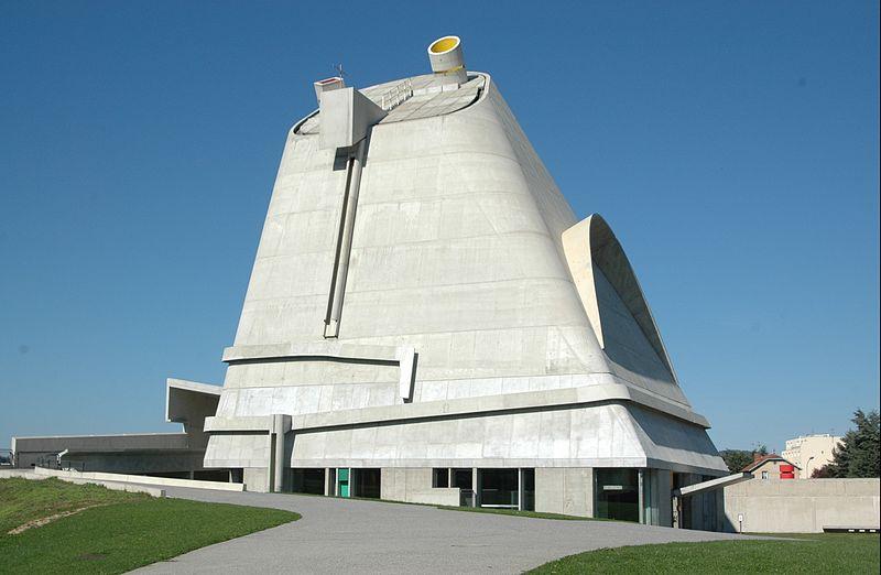 Koòci¢à Saint-Pierre de Firminy,proj. Le Corbusier, fot. lapin.lapin,(CC BY-SA 2.0)